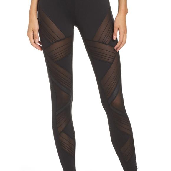 62867d1b03c5e ALO Yoga Pants | New Ultimate Highwaist Leggings Xs | Poshmark
